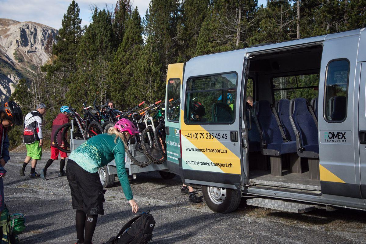 Bikeshuttle – Ride La Val – Die Trailschool – Bikeschule in Val